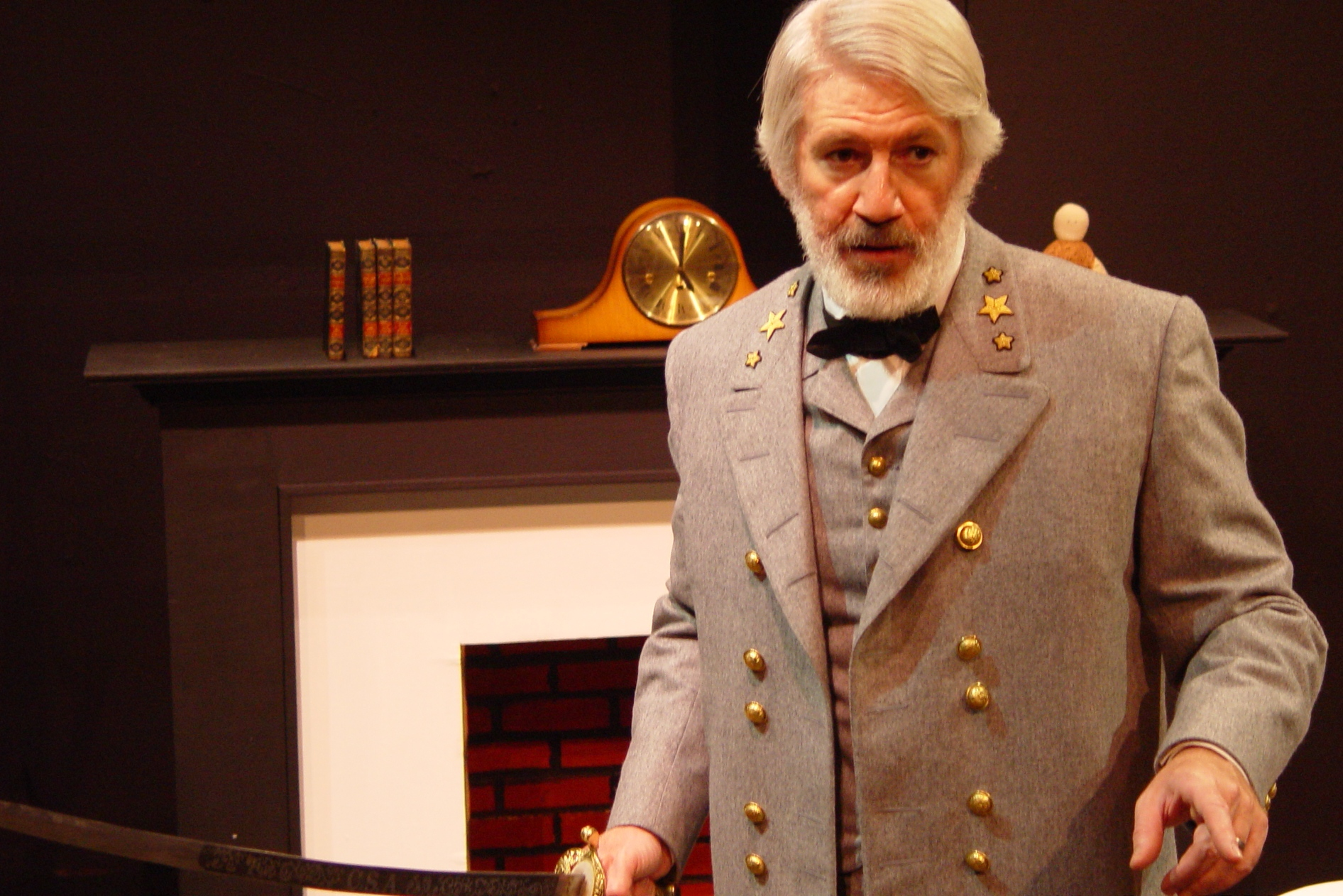 """Stage Review: """"Robert E. Lee: Shades of Gray"""""""