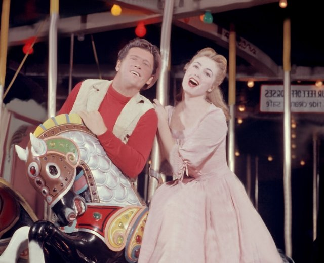 """A Visit With Shirley Jones – Part 3: Why Frank Sinatra Left """"Carousel"""""""