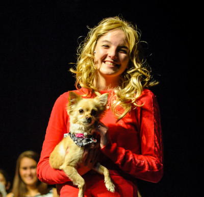 "Santa Susana High Junior Shines in ""Legally Blonde"""
