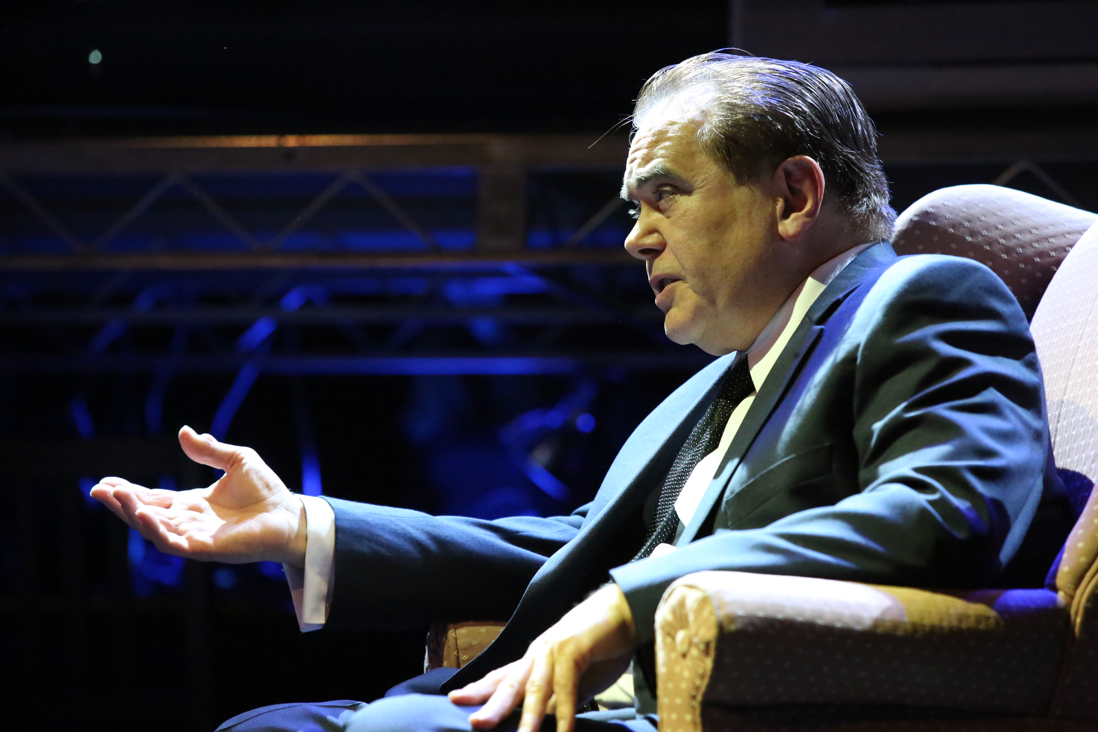 "High Street's ""Frost/Nixon"" Packs a Wallop With Compelling Performances"