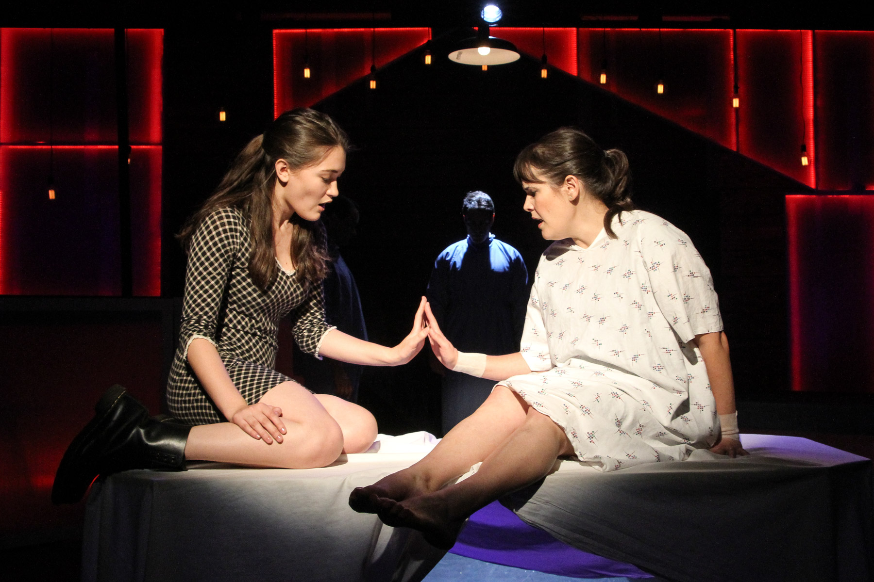 "Pico Playhouse's ""Next to Normal"" Is Next to Perfect"