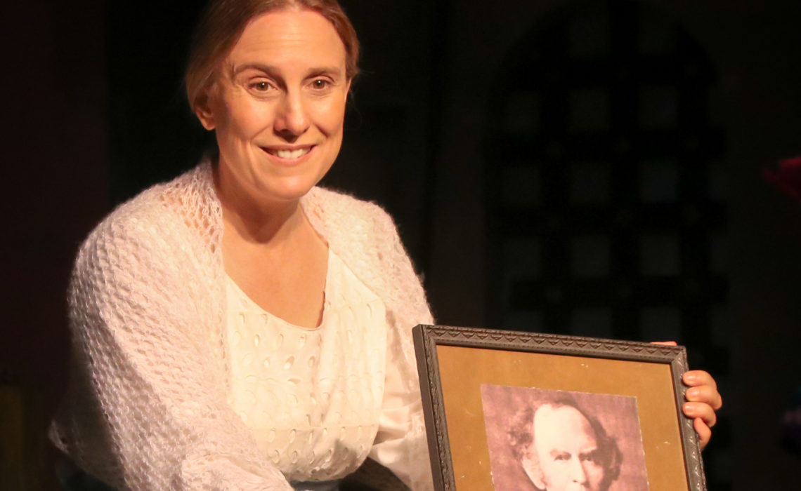 "Anna Kotula Brings Emily Dickinson To Life In ""The Belle Of Amherst"""